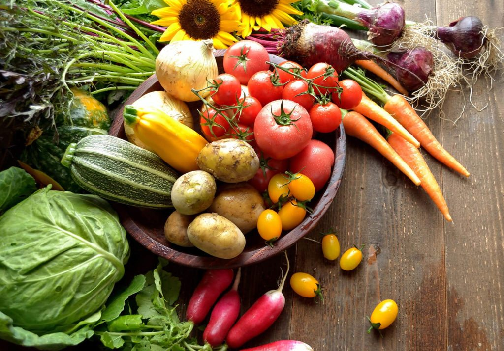 Enjoy plenty of fresh vegetables in your PCOS diet